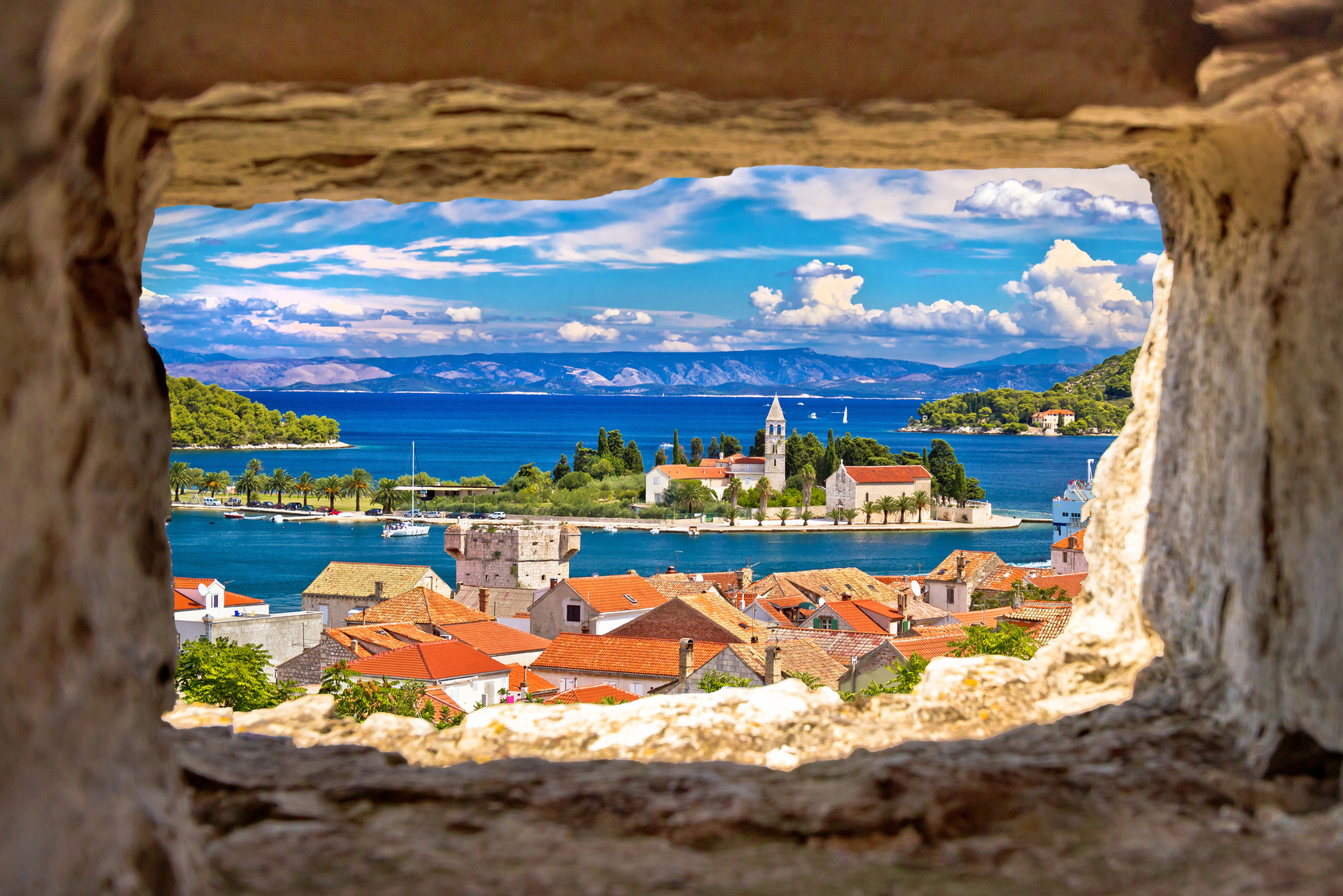 Sailing Croatia Boats - Vis sailing